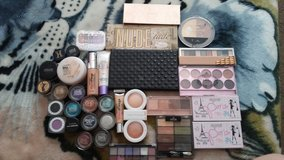 make up lot in Fort Leonard Wood, Missouri