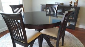 "44"" Dark Cherry Pedestal Table w/4 side chairs in Beaufort, South Carolina"