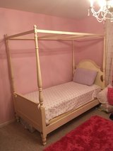 Ethan Allen girls bed in Lockport, Illinois