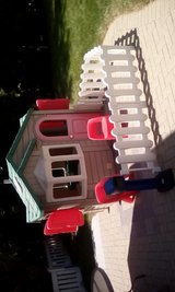 Step 2 playhouse in Palatine, Illinois