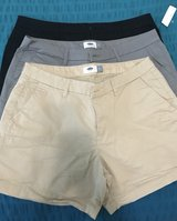 Sz 12 Old Navy chino shorts in Byron, Georgia