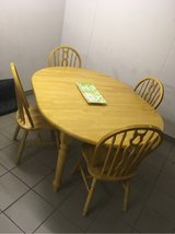 Beautiful Solid Wood Table w/ 4 Chairs in Stuttgart, GE