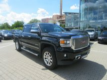 US spec 2015 GMC Sierra 1500 Crew Cab Denali 4WD in Spangdahlem, Germany