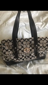 coach handbag in Palatine, Illinois
