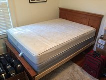 Queen size mattress and box spring in Bolling AFB, DC