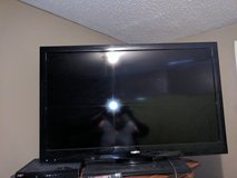 "32"" sanyo tv in Byron, Georgia"