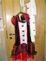 Queen of Hearts  dress up Halloween costume size XL 8-10 in Stuttgart, GE