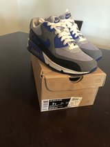 Air Max size 7y in Fort Bliss, Texas