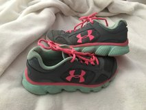 Children's Under Armour Shoes 2 1/2 in Hopkinsville, Kentucky