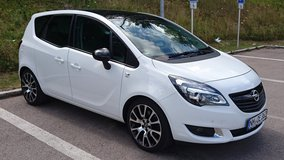 2015 Opel Meriva Crossover with ALL available features! in Hohenfels, Germany