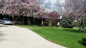Spacious Executive Ranch Home - by Aurora University / Aurora Country Club in Aurora, Illinois