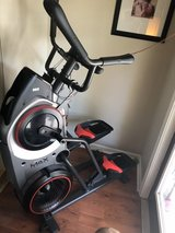 Bowflex Max Trainer. M5. Like New!! Retails for $1449.00 + shipping + putting together in Beaufort, South Carolina
