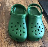 Kids Crocs Brand New Kelly Green Size 13 in Beaufort, South Carolina