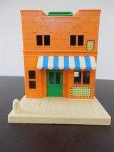Sesame Street Muppets Hooper Store dollhouse w/furniture/figures and cars in Sandwich, Illinois