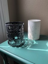 Scentsy warmer and wrap in Fort Leonard Wood, Missouri