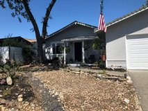 2 rooms avaialble in beatiful downtown Vacaville home in Travis AFB, California