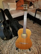 Left handed La Patrie Concert model classical guitar in Wheaton, Illinois