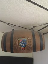 Old Style Barrel Style Light in Schaumburg, Illinois