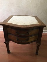 ANTIQUE  MARBLE TOP SIDE END TABLE. HEIGHT 21'' LENGHT 28'' WIDTH 22''' in Algonquin, Illinois