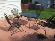 5 piece outdoor table & chair set in Fort Leonard Wood, Missouri