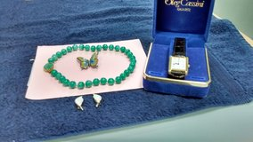Vintage and costume jewelry in Morris, Illinois