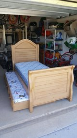 Twin Trundle Bed in Biloxi, Mississippi