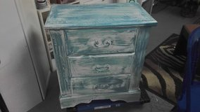 Chest of drawers shabby chic in Wilmington, North Carolina