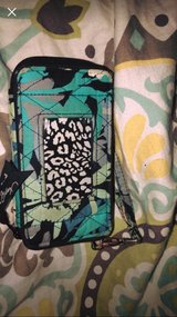 I phone 6 wristlet in Fort Rucker, Alabama