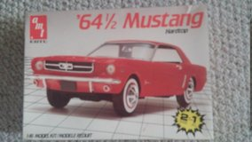 Car/Plane model kits in Naperville, Illinois