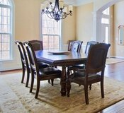 Dining Room Table and Chairs in San Antonio, Texas