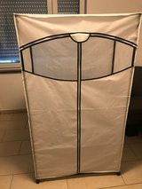 FREE!!!!!!  Zipper Clothing Storage, No delivery in Wiesbaden, GE