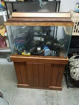 75 gal fish tank with stand in Leesville, Louisiana