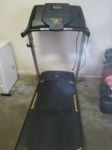Golds Gym trainer 420 treadmill in DeRidder, Louisiana