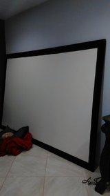 Da lite projector screen in Tomball, Texas