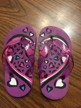 Girl toddler flip flops in Naperville, Illinois
