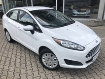 2017 FORD FIESTA AUTOMATIC ONLY 7K LOW MILES in Wiesbaden, GE