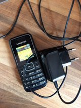 Samsung phone with 32.43 euro minutes on phone, great guest phone in Wiesbaden, GE
