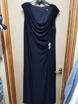 18W ball gown $50 in Okinawa, Japan