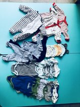 baby 1-3 month clothes in Stuttgart, GE