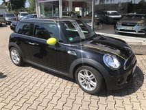 2014 MINI COOPER 6-SPEED ONLY 33K MILES WARRANT in Ramstein, Germany