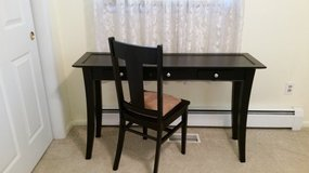 Black table + chair in St. Charles, Illinois
