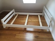 Full Size bed frame in Stuttgart, GE