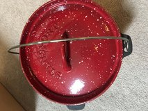 Stansport 4 Qt. Dutch Oven - Used Once Camping in Oceanside, California