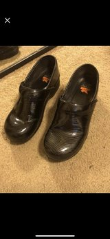 dansko shoes size 40/8.5 in Kissimmee, Florida