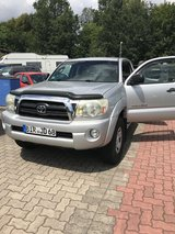 Toyota Tacoma Ext Cab SR5 4X4 US SPEC in Ramstein, Germany