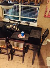 9 piece Counter Height Table, 6 chairs & 2 bar height matching chairs in Baytown, Texas