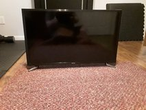 Samsung 32in tv in Fort Campbell, Kentucky