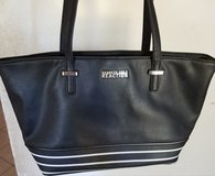 Kenneth Cole Reaction purse in Travis AFB, California