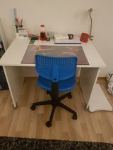 white table in Baumholder, GE