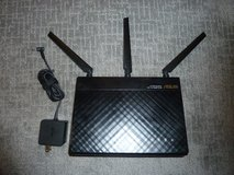 Asus RT-AC68P Dual-band Wireless-AC1900 Gigabit Router in Camp Pendleton, California